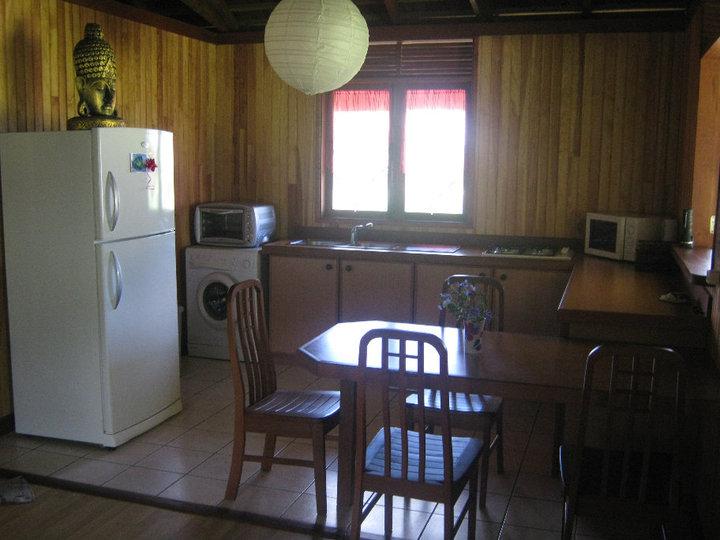 https://tahititourisme.com.br/wp-content/uploads/2017/08/Fare-Tiare-painapo-cuisine.jpg