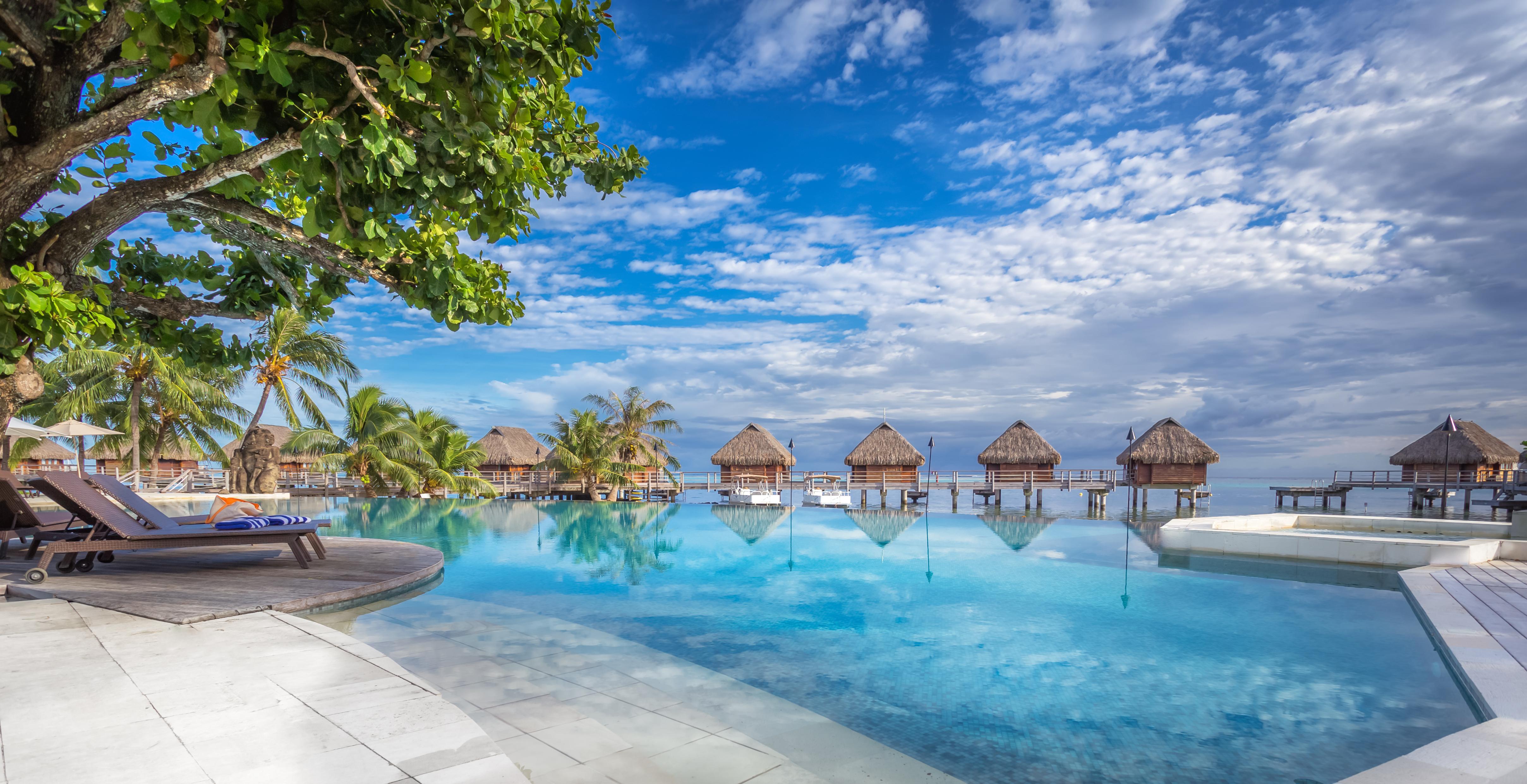 https://tahititourisme.com.br/wp-content/uploads/2017/08/HEBERGEMENT-Manava-Beach-Resort-and-Spa-Moorea-1-Charles_Veronese.jpg