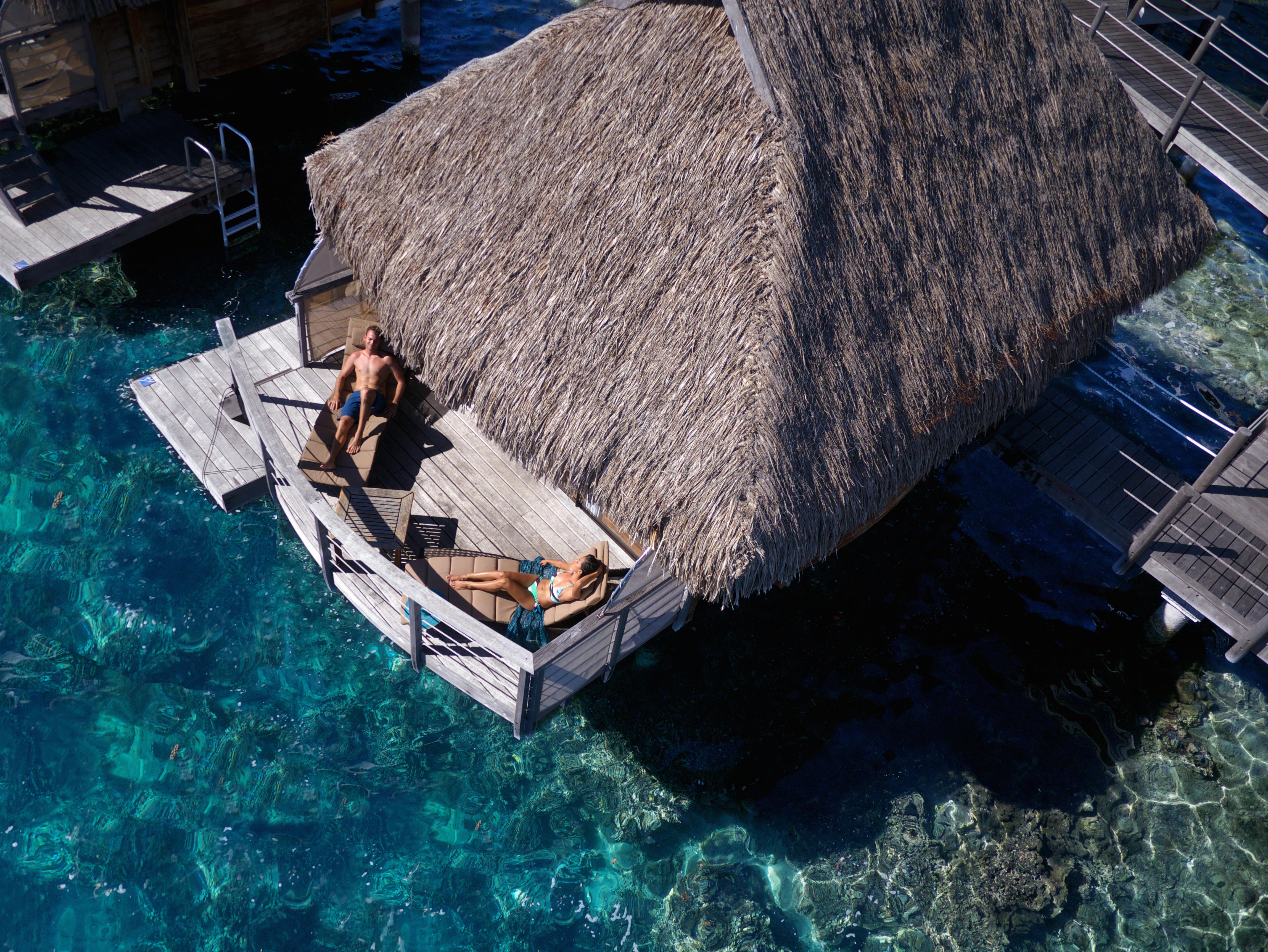 https://tahititourisme.com.br/wp-content/uploads/2017/08/HEBERGEMENT-Manava-Beach-Resort-and-Spa-Moorea-3-Tim_McKenna.jpg