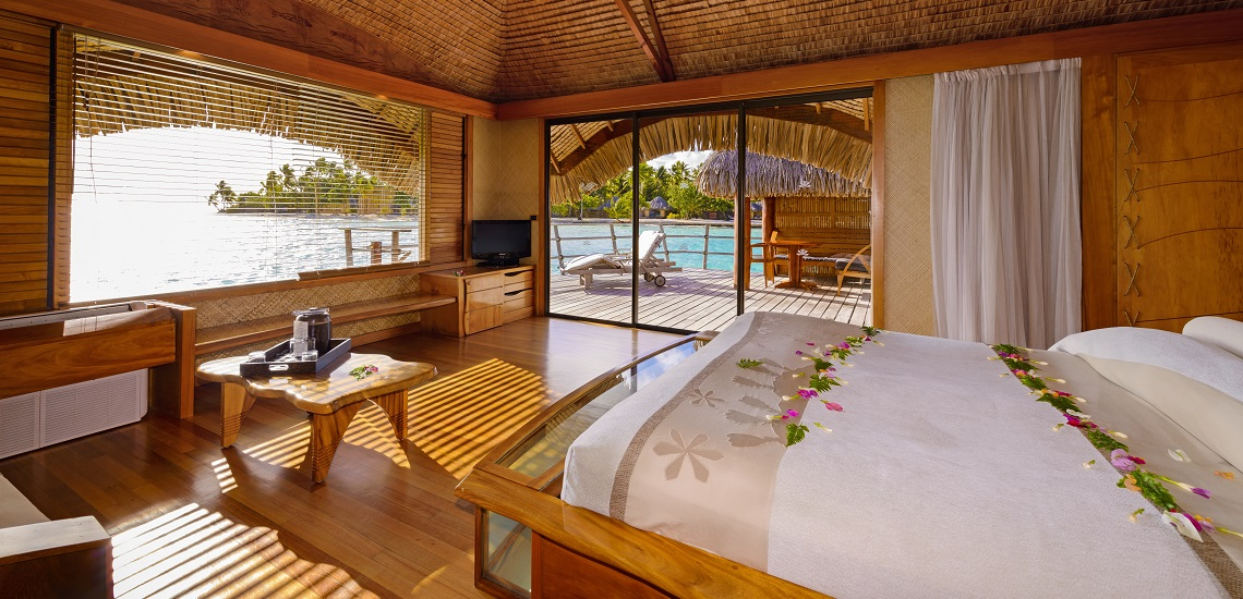 https://tahititourisme.com.br/wp-content/uploads/2017/08/HEBERGEMENT-Tahaa-Island-Resort-Spa-3.jpg