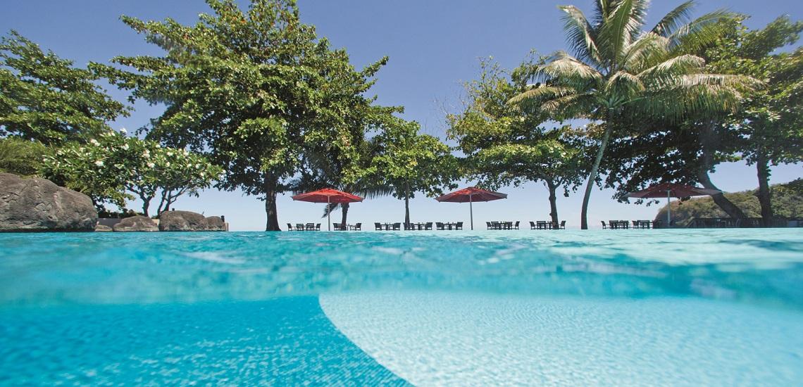 https://tahititourisme.com.br/wp-content/uploads/2017/08/HEBERGEMENT-Tahiti-Pearl-Beach-Resort-3.jpg