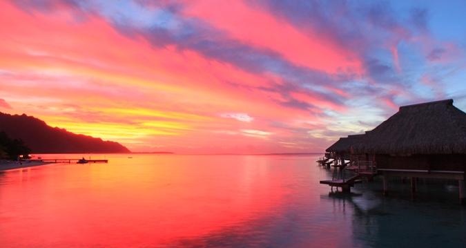 https://tahititourisme.com.br/wp-content/uploads/2019/01/Hilton-Moorea-Sunset.jpg