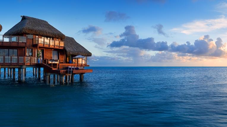 https://tahititourisme.com.br/wp-content/uploads/2019/01/Hotel-Conrad-Bora-Bora-Nui-17.jpg