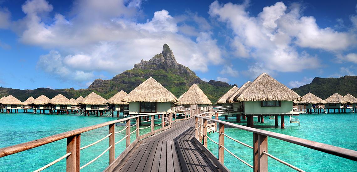 https://tahititourisme.com.br/wp-content/uploads/2019/04/Le-Meridien-Bora-Bora-externa.jpg