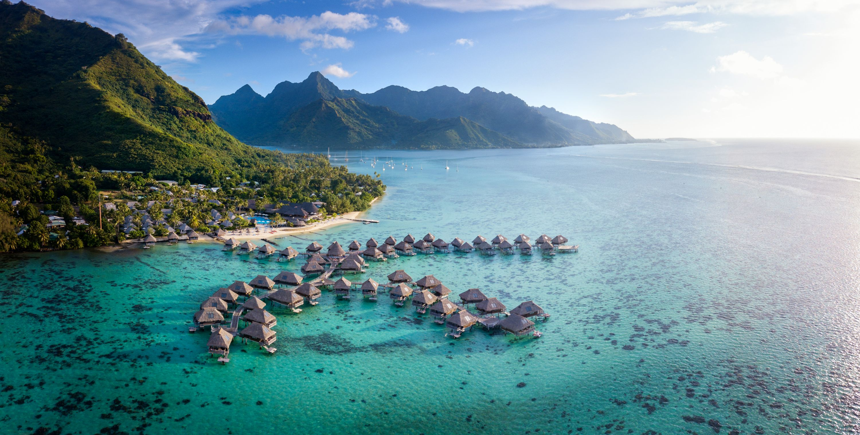 https://tahititourisme.com.br/wp-content/uploads/2019/06/Resort-Exterior.jpg