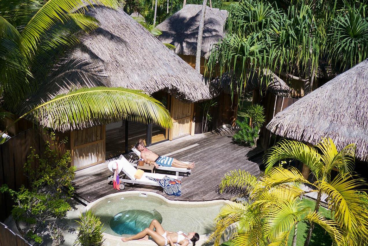 https://tahititourisme.com.br/wp-content/uploads/2020/07/garden-pool-villa-bora-bora-pearl-beach-resort-1.jpg