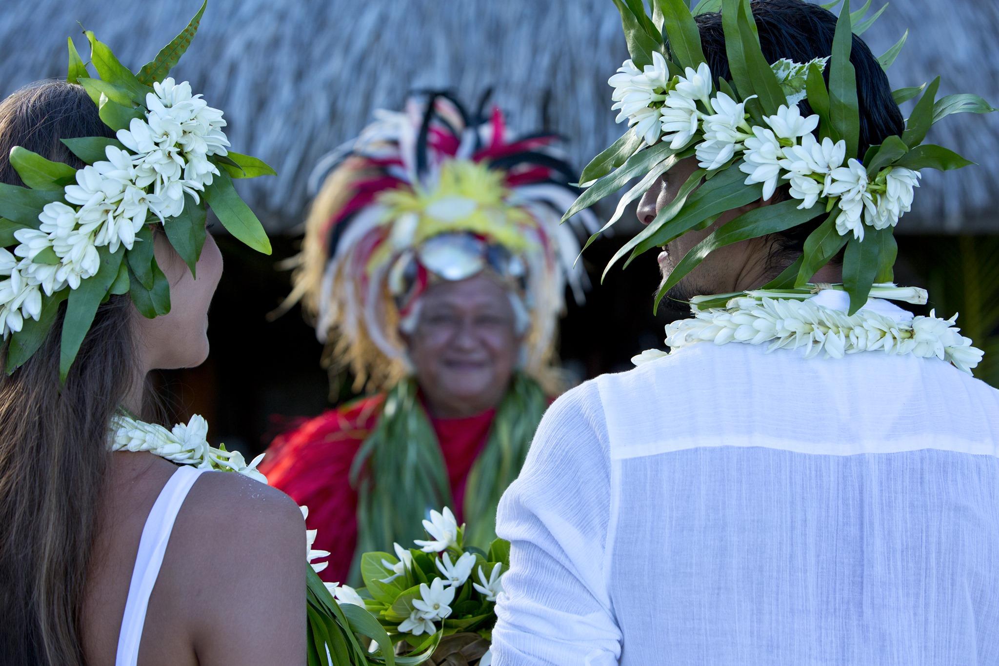 https://tahititourisme.com.br/wp-content/uploads/2020/07/mariage-tahiti.jpg