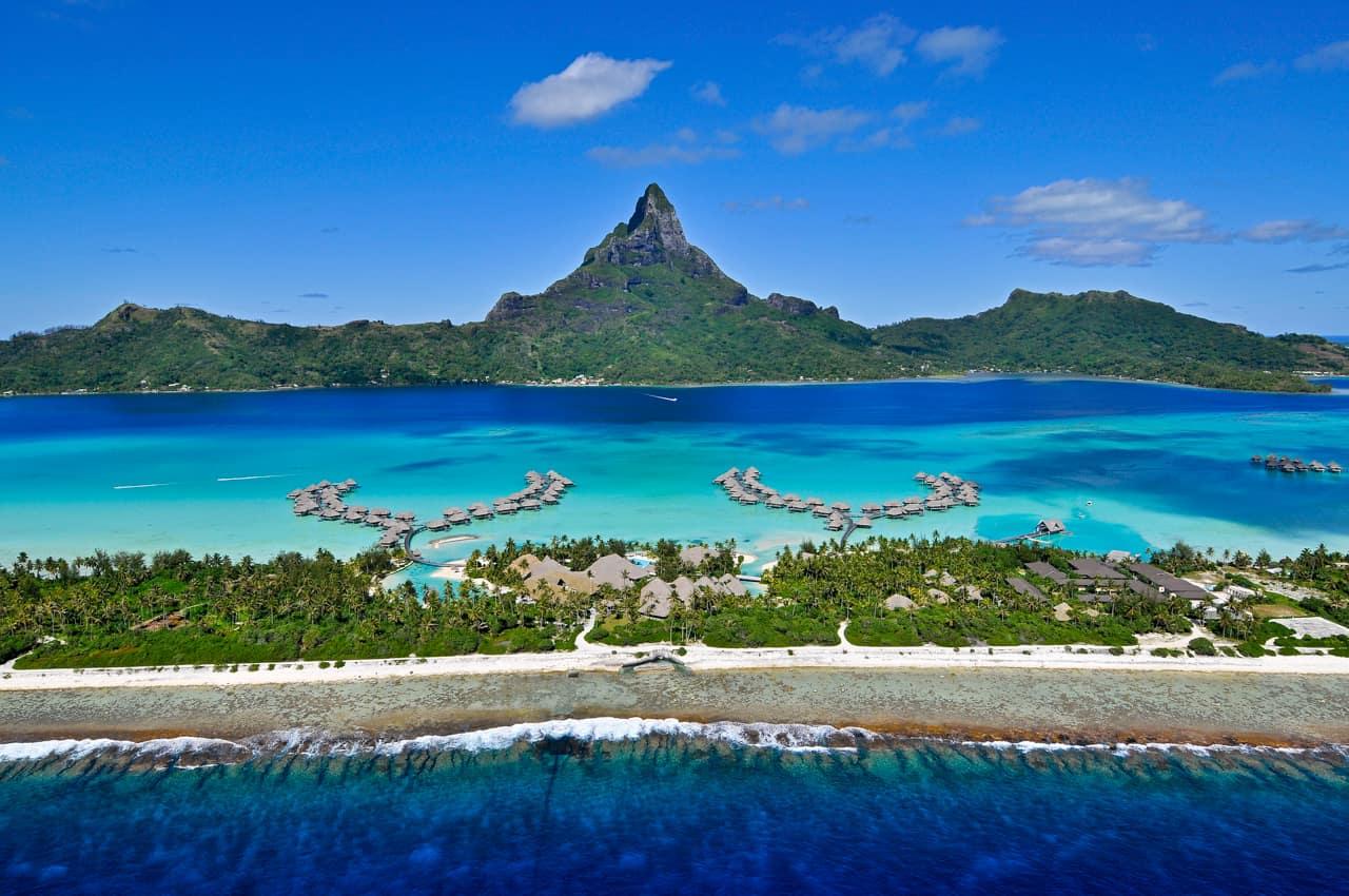https://tahititourisme.com.br/wp-content/uploads/2020/07/pacote-tahiti-intercontinental-bora-bora-resort-thalasso-spa-2.jpg