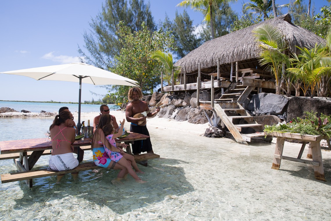https://tahititourisme.com.br/wp-content/uploads/2020/11/Lagoon-Srvice-Bora-Bora-3.jpg